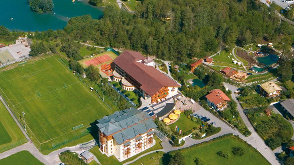 Road Trip dans les alpes en Autriche 23-27 septembre 2017 Mozart_Vital_Hotel-Ried_im_Oberinntal-Aussenansicht-444940