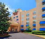 Außenansicht Embassy Suites by Hilton Atlanta Airport