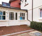 Außenansicht TRAVELODGE CARDIFF WHITCHURCH
