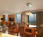 Suite Eastwood Richmonde Hotel