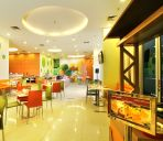 Restaurant favehotel Manahan - Solo