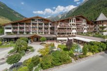Das Central Alpine . Luxury . Life Sölden