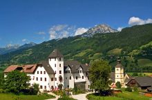 Hotel Schloss Thannegg-Moosheim Sporthotel Gröbminger okolí