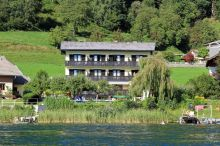 Pension Härring - direkt am See