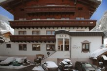 Hotel ad-Laca See