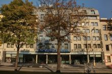 Fleming's Westbahnhof Vienna