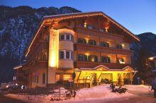 Hotel Ladina Campitello di Fassa