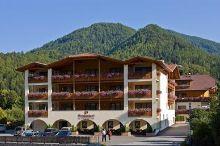 Wirtshaushotel Alpenrose San Lorenzo Di Sebato