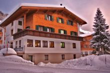 Pension Schneerose Lech am Arlberg