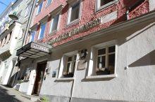 Keramikhotel Goldener Brunnen Gmunden
