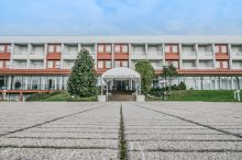 Roero Park Hotel e Ristorante Sommariva Perno