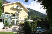 AlpHoliday Dolomiti Wellness & Fun Hotel Dimaro