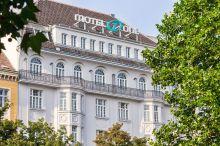 Motel One Wien-Staatsoper Wien