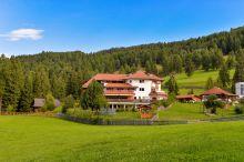 Zum Zirm Hotel Klobenstein