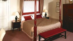 Junior suite Mercure Brandon Hall Hotel and Spa Warwickshire