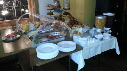 Breakfast buffet Bauer