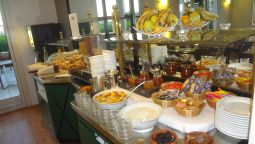 Breakfast buffet Cottage hotel
