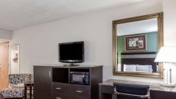 HOWARD JOHNSON HOTEL - NEWARK - Newark (New Jersey)