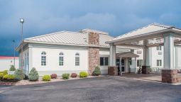 Exterior view Quality Inn & Suites at I 81 Exit 45