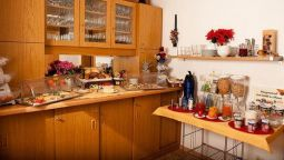 Breakfast buffet Weinert Garni