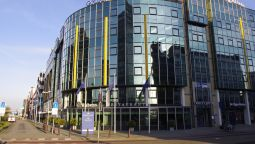 Exterior view Golden Tulip Leiden Centre