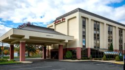 Exterior view Hampton Inn West-Springfield