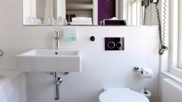 Bathroom Absalon