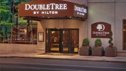 Buitenaanzicht DoubleTree by Hilton Philadelphia Center City