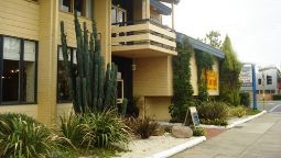 Hotel Econo Lodge Hacienda International - Sale