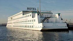 Exterior view Amstel Botel