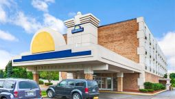 Exterior view DAYS INN LIVONIA