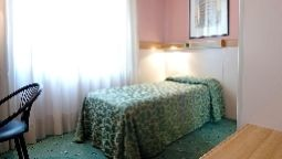 Room Astoria Residence P.I.U. HOTELS srl