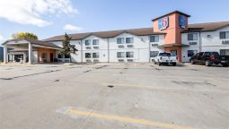 Exterior view MOTEL 6 WATERLOO