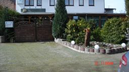 Exterior view Schwanenteich Pension