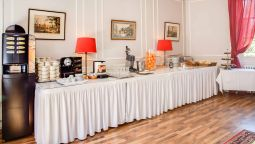 Breakfast room Chateau de la Commanderie Chateaux & Hotels Collection