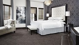 Room Four Points by Sheraton Hotel & Suites Calgary West