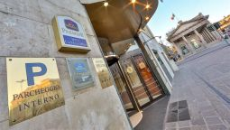 Exterior view Best Western Premier Hotel Cappello D'Oro