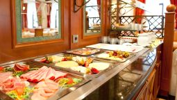 Ontbijtbuffet Traditionshotel Weißes Roß