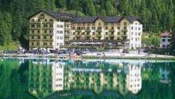 Exterior view Grand Hotel Misurina