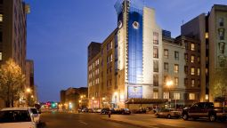 Buitenaanzicht DoubleTree by Hilton Boston Downtown