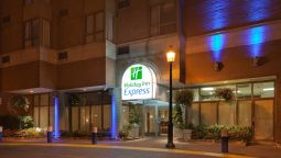 Buitenaanzicht Holiday Inn Express TORONTO DOWNTOWN