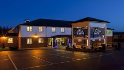 Exterior view Holiday Inn Express CANTERBURY