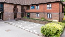 Buitenaanzicht TRAVELODGE FRIMLEY
