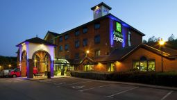 Buitenaanzicht JCT.13 Holiday Inn Express STAFFORD M6