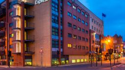 Buitenaanzicht Holiday Inn Express GLASGOW - CITY CTR RIVERSIDE