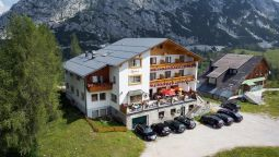 Exterior view Alpenrose