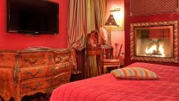 Room Villa Royale Pigalle