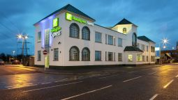 Buitenaanzicht Holiday Inn Express LONDON CHINGFORD-NTH CIRCULAR