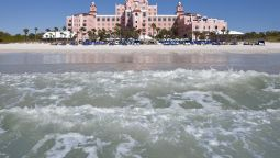 Exterior view LOEWS DON CESAR HOTEL