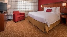 Room Courtyard Herndon Reston